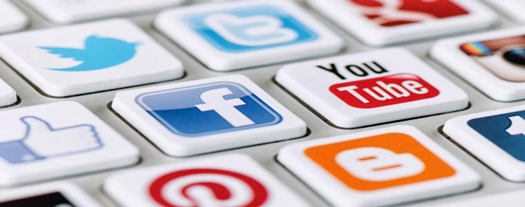 Social-Media-Keyboard1